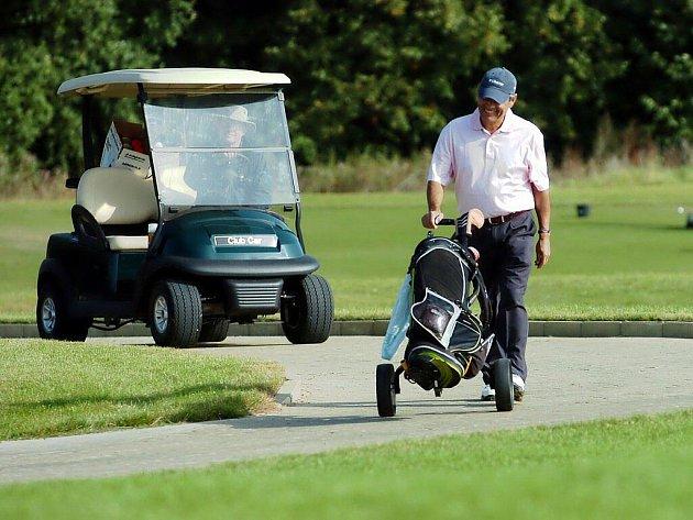 Na golfu a zejména po něm nemusí být vždy pohoda.