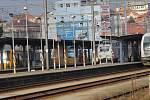 Brzdná dráha rozjeté vlakové soupravy, která ve směru od Čerčan může vjíždět 80 km/h a od Bystřice se řítí až 120 km/h, při použití rychlobrzdy může dosáhnout s ohledem na celkovou hmotnost vlaku i aktuální adhezní podmínky 300 až 600 metrů.