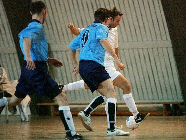 Futsalisté Arsenalu Benešov uhráli na palubovce Motáčku Plzeň remízu. Foto: Archiv VLP