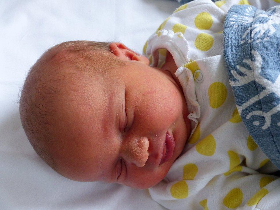 Mariana Bortlíková se narodila 27. února 2021 v kolínské porodnici, vážila 3665 g a měřila 50 cm. V Pečkách bude vyrůstat se sestřičkou Laurou (3.5) a rodiči Janou a Filipem.