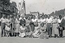 Jablonečtí hasiči objevovali krásy Karlových Varů na přelomu 50. a 60. let 20. století.