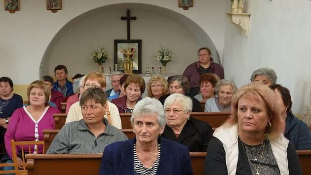 V kostele sv. Filipa a Jakuba v Mnichovicích pořádali Noc kostelů.