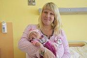 Malá Nela Píchová se narodila manželům Píchovým 21. dubna v23:30 sváhou 3800 g a mírou 51 cm. Doma vŘímovicích na ni čeká sestřička Klárka (3).