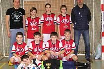 Vítězný tým Trhového Štěpánova v Ostředeckém poháru mladších žáků.