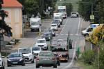 Průjezd Olbramovicemi přiškrtí oprava silnice I/3.