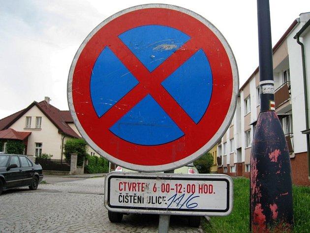 Ve čtvrtek 11. června budou Technické služby Benešov čistit Zapovu ulici od 6 do 12 hodin