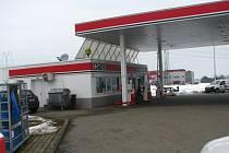 Loupežné přepadení benzinové čepací stanice u silnici I/3 se stalo ve čtvrtek 28. února ráno po 6. hodině.