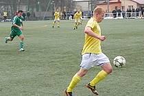 Dominik Němec vsítil v Tachově dvě branky a pomohl tak Benešovu k remíze 2:2.