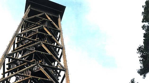 Pohled na Slapskou přehradu nabídne na místě původní Drtinovy nová rozhledna.