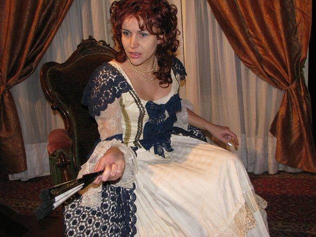 Dagmar Maierová ve své milované roli   vídeňské prostitutky Mizzi Kašpar ve hře Causa Rudolf.
