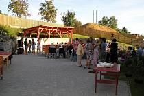 V hospici se koncerty mohou konat i pod otevřeným nebem.