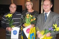 Tři nejúspěšnější fotografové  soutěže Benešov Press Photo 2008 se sešli v divadelním sále Hotelu Pošta
