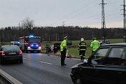 Dopravní nehoda na silnici E55 u Benešova.