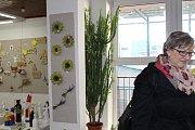Prodejní výstava Centra sociálních služeb Tloskov v Domě dětí a mládeže v Benešově.