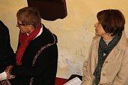 Ve vlašimském kostele vystoupil také houslový virtuóz Jaroslav Svěcený