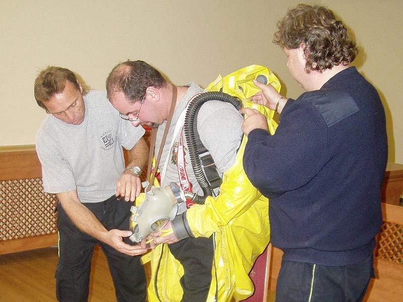 Momentky z výcviku členů dobrovolných zásahových jednotek.