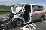 Dopravní nehoda dodávky a nákladního automobilu na dálnici D1.