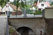 Opravený most v Domašíně.