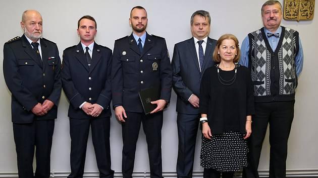 Oceněná jednotka Sboru dobrovolných hasičů v Sázavě a Jiří Kotzot.