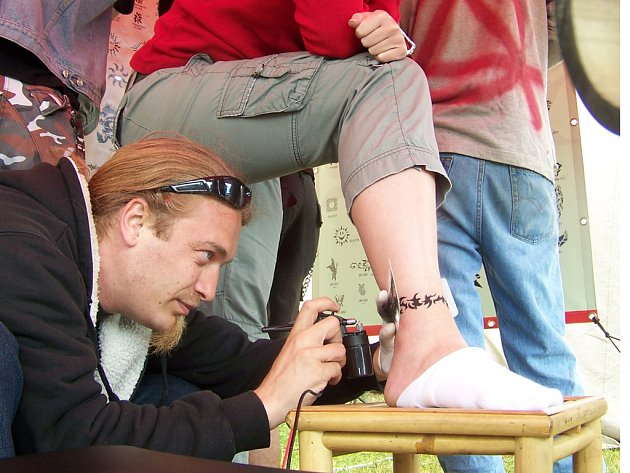 Tetování v Louňovicích.