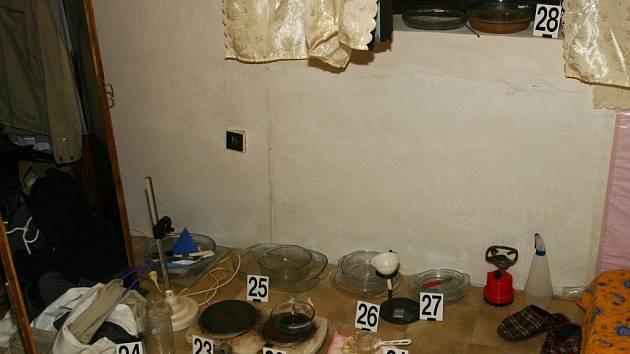 Policie zadržela čtveřici dealerů drog.