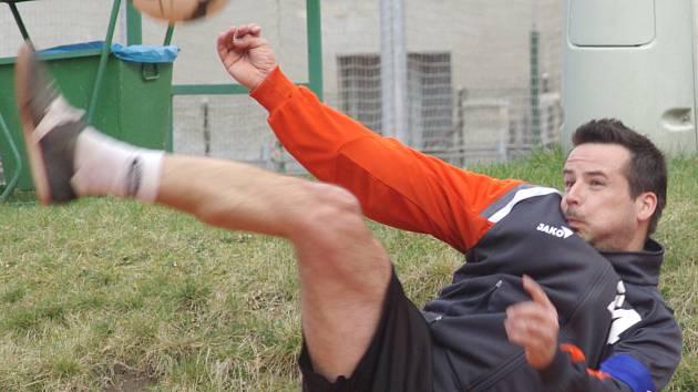 Velmi dobrým výkonem se blýskl kapitán Šacungu František Kalas, který ze čtyř zápasů třikrát odcházel jako vítěz.