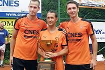 Vítězná trojice Doubrava, Stejskal (uprostřed), Kadeřábek obhájila prvenství na 55. ročníku turnaje Šacung Cup.