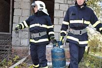 Taktické cvičení hasičů v okolí Jablonné nad Vltavou.
