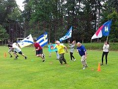 Běžeckých závodů v Neveklově se zúčastnili děti, starostové i dospělí.
