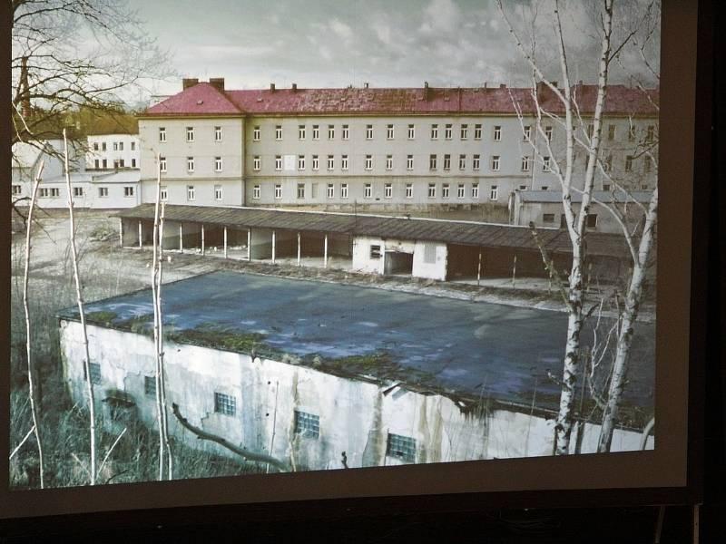 Veřejné fórum 'Benešov - naši budoucnost tvoříme společně' v Kulturním domě Karlov v Benešově.