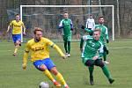 Fotbalisté Vlašimi (v zeleném) deklasovali v první přípravě Písek 10:0.