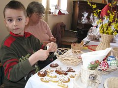 Děti si ozdobily velikonoční perníčky