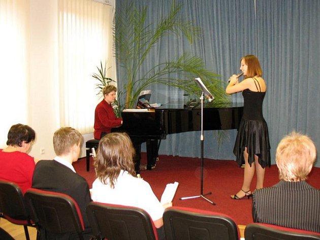 Barbora Nováková v kategorii příčná flétna postoupila do kraje