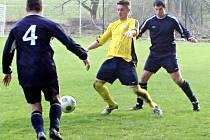 Druhý Divišov si bez problémů doma poradil s předposledním Pravonínem 4:0.