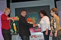 Maminky přebíraly ocenění v anketě Sportovec roku 2011 pro vlašimské stolní tenistky třikrát.