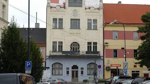 Muzeum v Benešově na Malém náměstí.