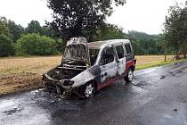 Požár osobního vozidla v obci Maršovice 16. srpna 2019..