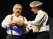 Z premiéry divadelního představení Hašler z pera v Sázavě.
