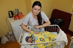 První chlapeček narozený v prosinci je Daniel Balík. Při narození 1. prosince ve 14.26 Danielek měl 3 420 gramů a 51 centimetrů. Doma ve Vlašimi bude chlapec žít s rodiči Janou a Tomášem Balíkovými.