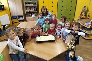 Jablíčkohraní v Mateřské škole v Divišově.