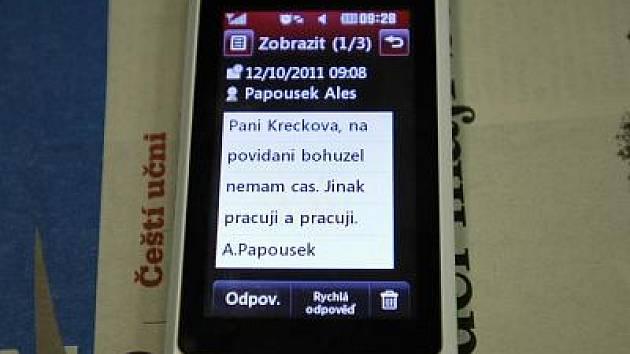 ZPRÁVA, kterou místo krátkého telefonátu poslal redaktorce Benešovského deníku Martině Křečkové starosta Krhanic Aleš Papoušek.