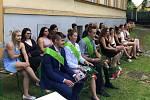 Na začátku týdne patřila zahrada před historickou budovou Vyšší odborné školy a Střední zemědělské školy v Benešově úspěšným absolventům učňovských oborů.