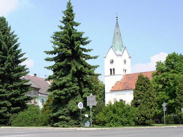 Kostel sv. Vavřince ve městě Sedlec-Prčice