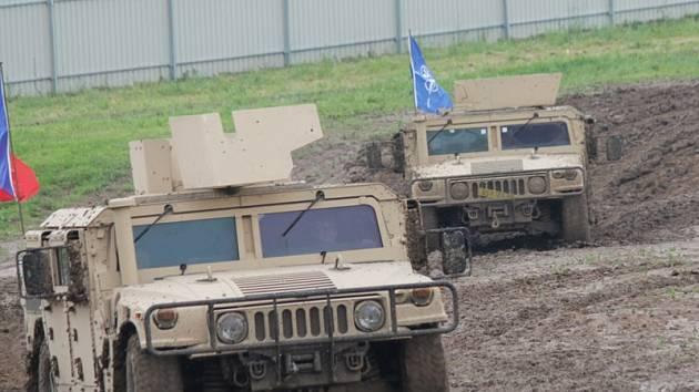 Zahájení sezony v lešanském Vojenském technickém muzeu připomnělo 15. výročí vstupu ČR do NATO.