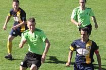Maršovicím (v zeleném) uzmul v loňské sezoně postup Divišov, i když ve vzájemných zápasech byly lepší.