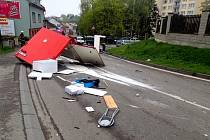 Nehoda trhovce v Benešově.