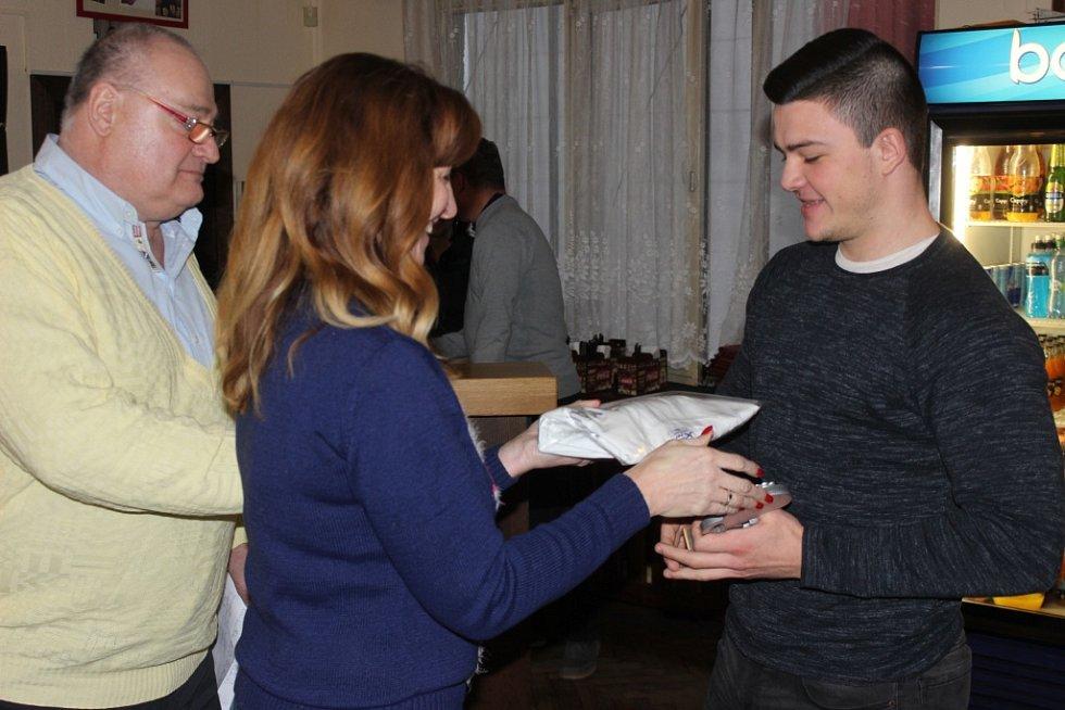 Vyhlášení turnaje starých gard na Xaverově.