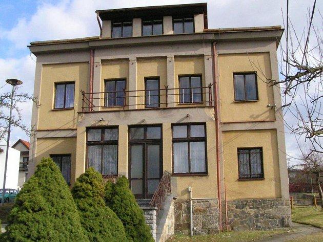 Čerčanská radnice