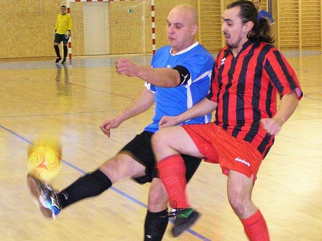 Zápas II. futsalové třídy A TJ Bystřice - Pumy Benešov 2:1