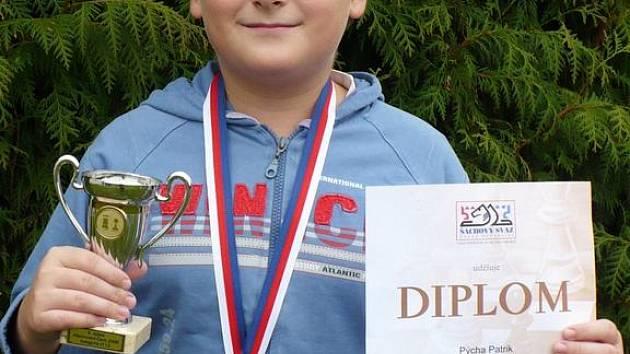 PATRIK PÝCHA. Jedenáctiletý šachista Vlašimi vybojoval v Seči u Chrudimi bronzovou medaili na Mistrovství Čech